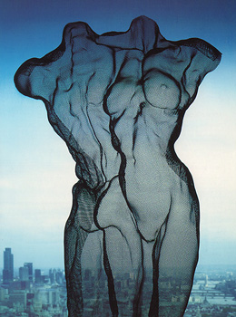 David Begbie Infor and Art Critiques Card with nude sculpture on London skyview